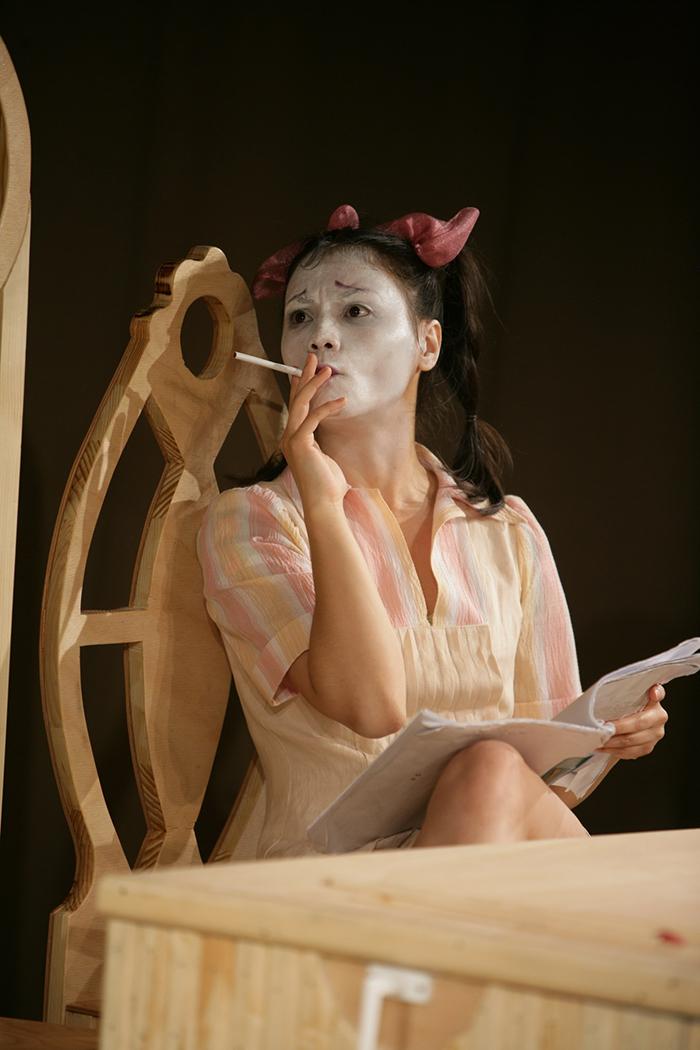 Aylin Cadîr (din spectacolul LECTIA, realizate de Augustin Bucur)